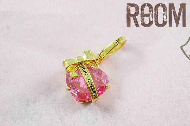 Juicy Couture Heart Banner Charm gold pink
